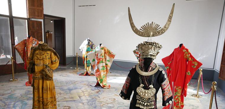 """Nueva exposición """"Vestir en la Ruta de la Seda"""""""